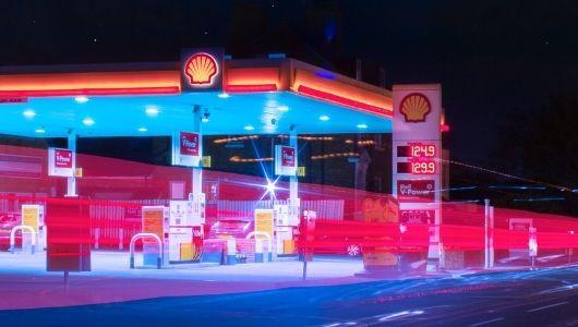 Mupi led Digital en gasolinera